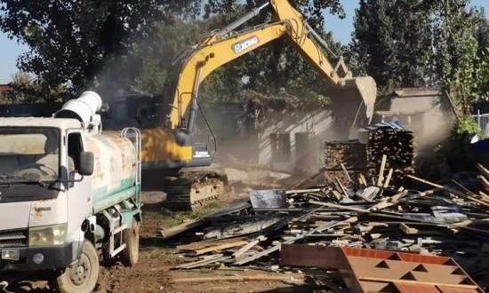 河北定州南关木材市场20000余平方米的违建被拆除!